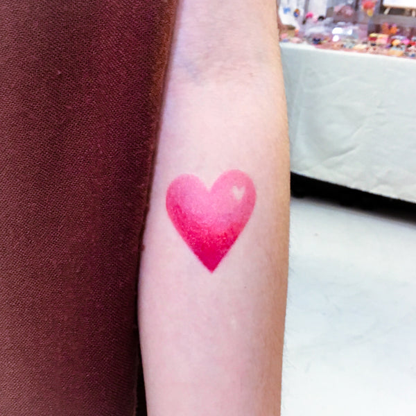 Gradient color tattoo Rain Tattoo Water Droplet Tattoo Minimal Tattoo Heart Tattoo Watercolor Tattoo Rainbow TATTOO LAZY DUO Temporary Tattoo HK Hong Kong Tattoo Shop Little Tattoo Small Tattoo Fake Tattoo