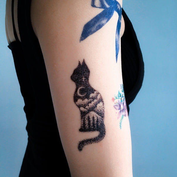 Galaxy Cat Tattoo Stars Moon Tattoo Tree Tattoo Watercolor Tattoo LAZY DUO Tattoo Sticker 香港紋身貼紙 刺青圖案 紋身師 印刷訂做客製 Custom Temporary Tattoo artist HK tattoo shop Hong Kong 迷你刺青 韓式刺青紋身 small tattoo design Minimal Tattoo little tattoo idea sketchy tattoo floral tattoo ankle wrist tattoo back tattoo Taiwan