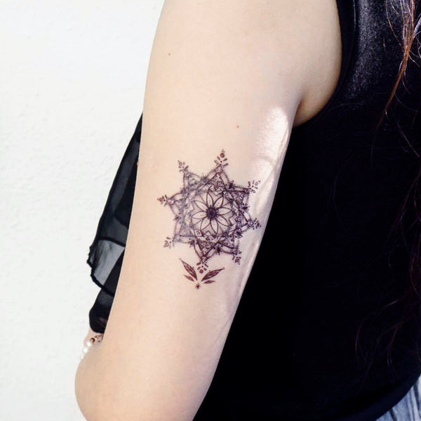 alchemist Floral Star Tattoo Flower Cat Tattoos Cute Tattoo Fun Delicate Watercolor LAZY DUO Tattoo Sticker 香港紋身貼紙 刺青圖案 紋身師 印刷訂做客製 Custom Temporary Tattoo artist HK tattoo shop Hong Kong 迷你刺青 韓式刺青紋身 small tattoo design Minimal Tattoo little tattoo idea sketchy tattoo floral tattoo ankle wrist tattoo back tattoo Taiwan