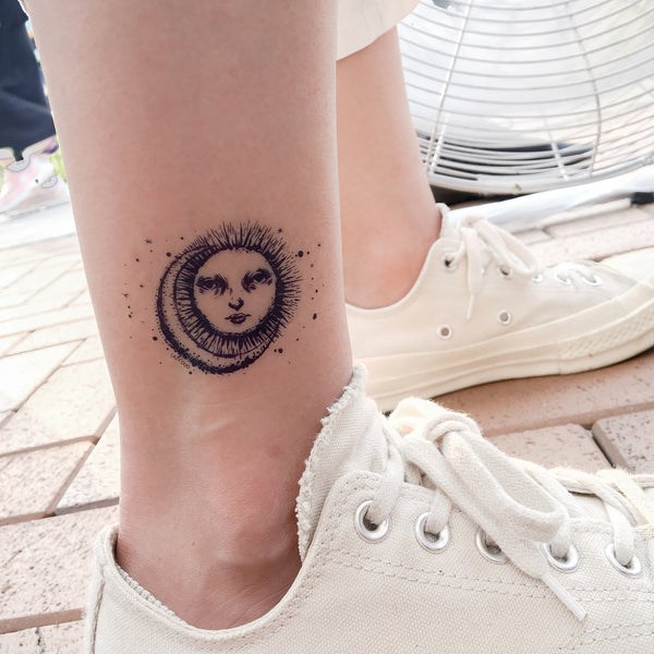 日月 Sun and Moon Tattoo Minimal Tattoo Alchemist Tattoo LAZY DUO Tattoo Sticker 香港紋身貼紙 刺青圖案 紋身師 印刷訂做客製 Custom Temporary Tattoo artist HK tattoo shop Hong Kong 迷你刺青 韓式刺青紋身 small tattoo design Minimal Tattoo little tattoo idea sketchy tattoo floral tattoo ankle wrist tattoo back tattoo Taiwan