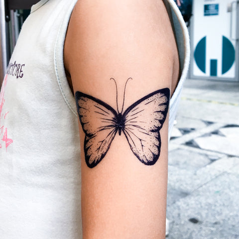 LAZY DUO Blue Indigo Butterfly Tattoo Delicate Tattoo LAZY DUO Tattoo Sticker 香港紋身貼紙 刺青圖案 紋身師 印刷訂做客製 Custom Temporary Tattoo artist HK tattoo shop Hong Kong 迷你刺青 韓式刺青紋身 small tattoo design Minimal Tattoo little tattoo idea sketchy tattoo floral tattoo ankle wrist tattoo back tattoo Taiwan