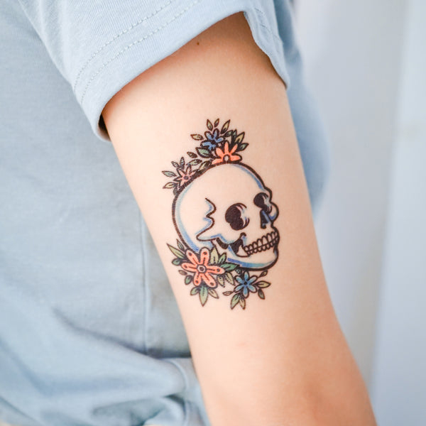 Skull Tattoo Old School Tattoo American Tattoo HK Hong Kong Rose Tattoo Black Work Temporary Tattoo INK LAZY DUO 美式刺青 紋身貼紙 香港紋身師 粗黑 曼陀羅 圓 迷宮 自由 神秘 塔羅 玫瑰 王冠