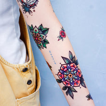 Load image into Gallery viewer, Old School Flower & Kitten Tattoos - LAZY DUO TATTOO