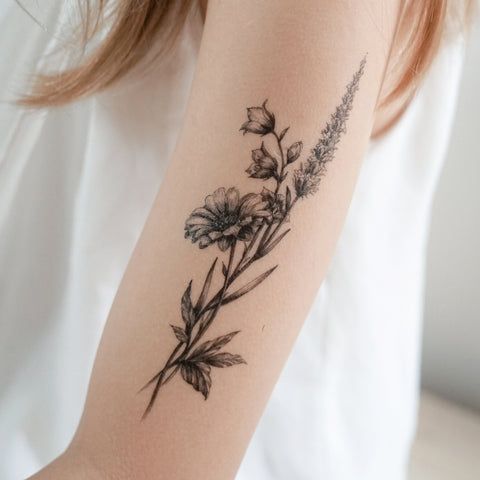 Lavender Tattoo Daisy Tattoo Mini Flower Tattoo Delicate Floral Temporary Tattoo Minimal Little Flower Tattoos LAZY DUO Temporary Tattoo Flash Small Yellow Flower Tattoos Rose Tattoo Stickers TATTOOHK Hong Kong 迷你水彩簡約小花刺青紋身貼紙印刷訂做客製 Custom Tattoo artist HK tattooshop 韓式刺青紋身 Realistic Fake Tattoo floral tattoo ankle wrist tattoo back tattoo Taiwan