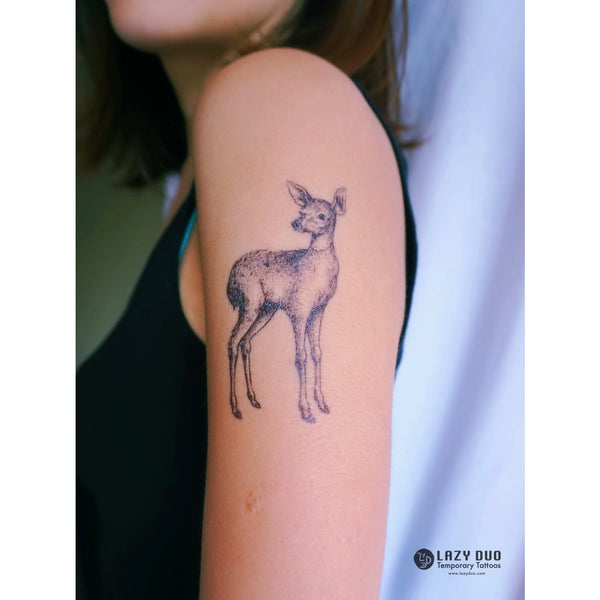 Moon Tattoo Deer Tattoo Watercolor Tattoo LAZY DUO Tattoo Sticker 香港紋身貼紙 刺青圖案 紋身師 印刷訂做客製 Custom Temporary Tattoo artist HK tattoo shop Hong Kong 迷你刺青 韓式刺青紋身 small tattoo design Minimal Tattoo little tattoo idea sketchy tattoo floral tattoo ankle wrist tattoo back tattoo Taiwan