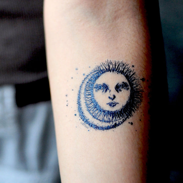 Sun and Moon Tattoo Minimal Tattoo Alchemist Tattoo LAZY DUO Tattoo Sticker 香港紋身貼紙 刺青圖案 紋身師 印刷訂做客製 Custom Temporary Tattoo artist HK tattoo shop Hong Kong 迷你刺青 韓式刺青紋身 small tattoo design Minimal Tattoo little tattoo idea sketchy tattoo floral tattoo ankle wrist tattoo back tattoo Taiwan