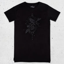 Load image into Gallery viewer, Bird Graphic Long T-shirt in Black - LAZY DUO TATTOO