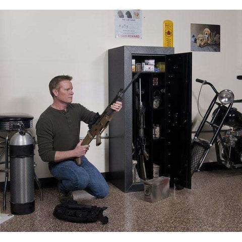 ... Stack On Tactical Gun Cabinet Holds 2 Tactical Weapons And 16 Long Guns    Gray