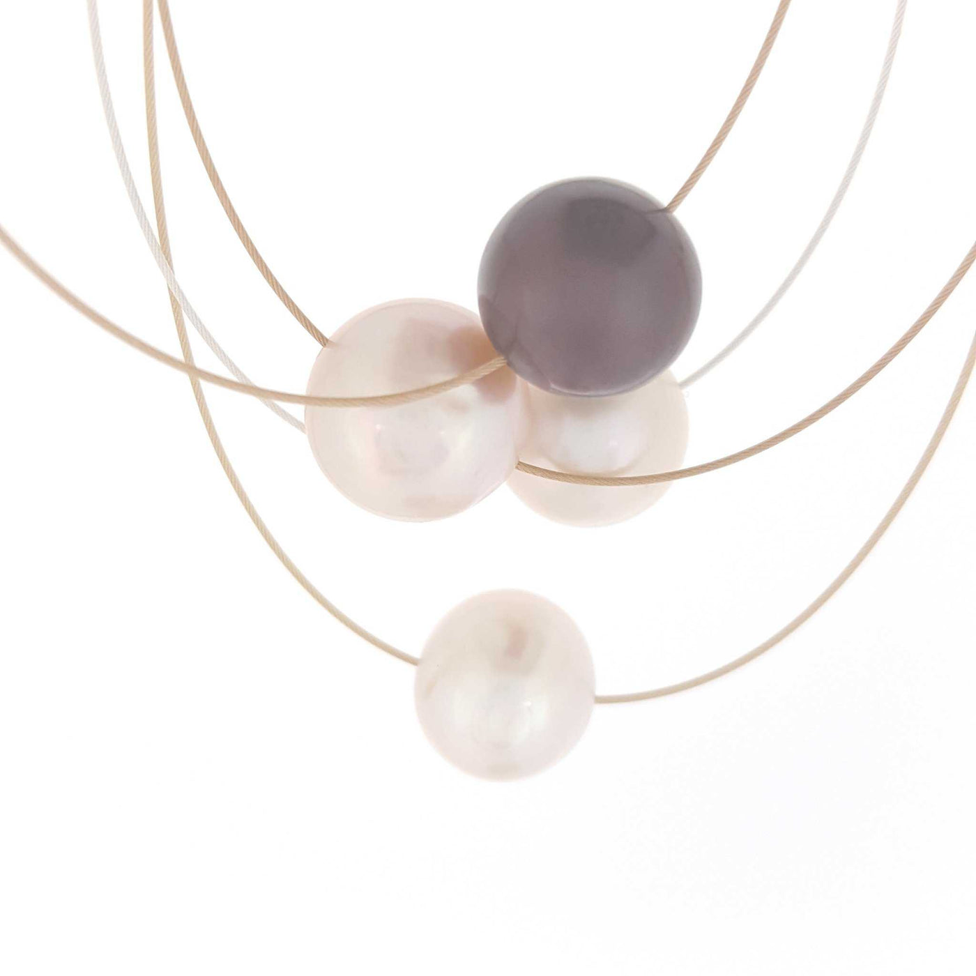 Pearl Necklace 'Single Pearl' - The Courthouse Collection