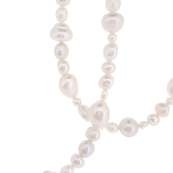 White Fullstrand Necklace - The Courthouse Collection