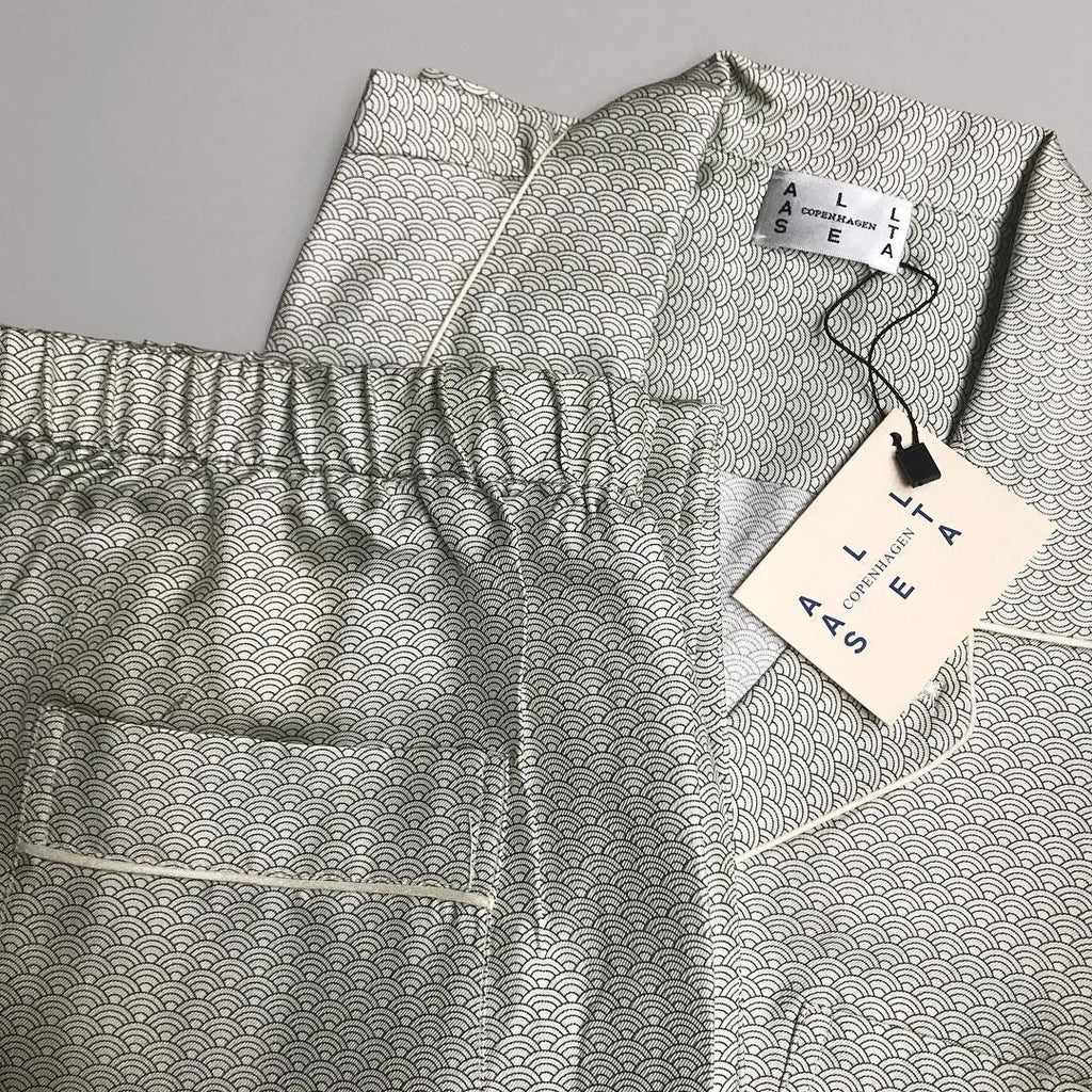 Sky Light Wave Silk Pyjama Shirt - All At Sea Cph