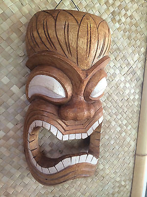 NEW Towell Holder Tiki Mask  bar mug Hawaii Smokin Tikis