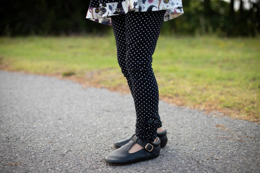 Black Dot Ruffle Button Leggings