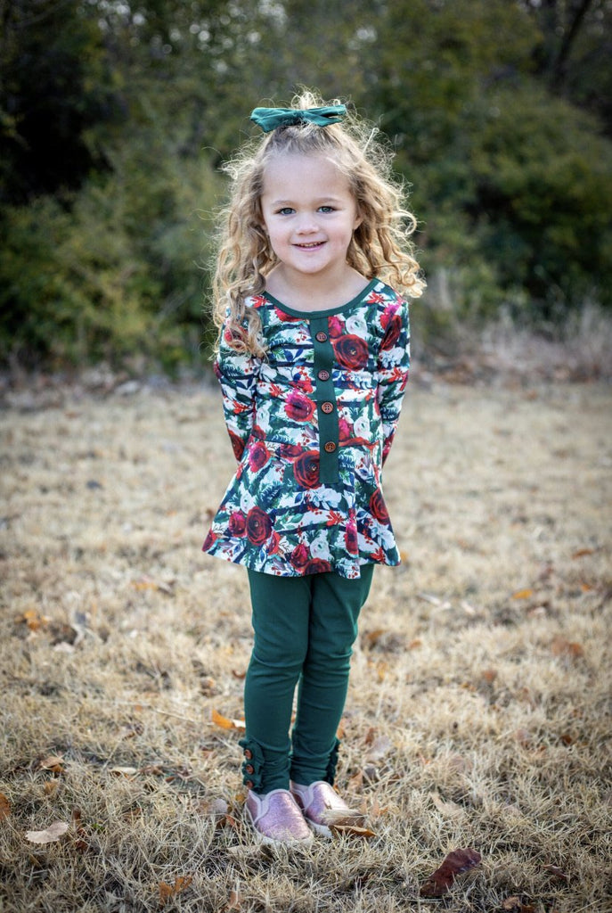 Emerald Ruffle Button Leggings