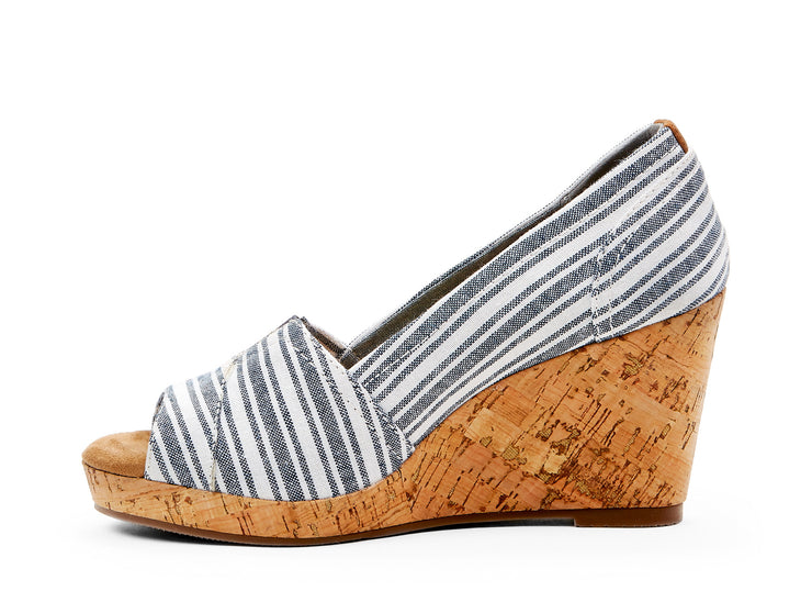 "[""rioja Chelsee girl blue multi "", "" gender-womens type-shoes style-dress""]"