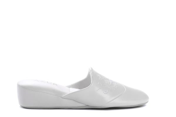 "[""jewel azur white "", "" gender-womens type-slippers style-indoor""]"