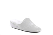 "[""  white "", "" gender-womens type-slippers style-indoor""]"
