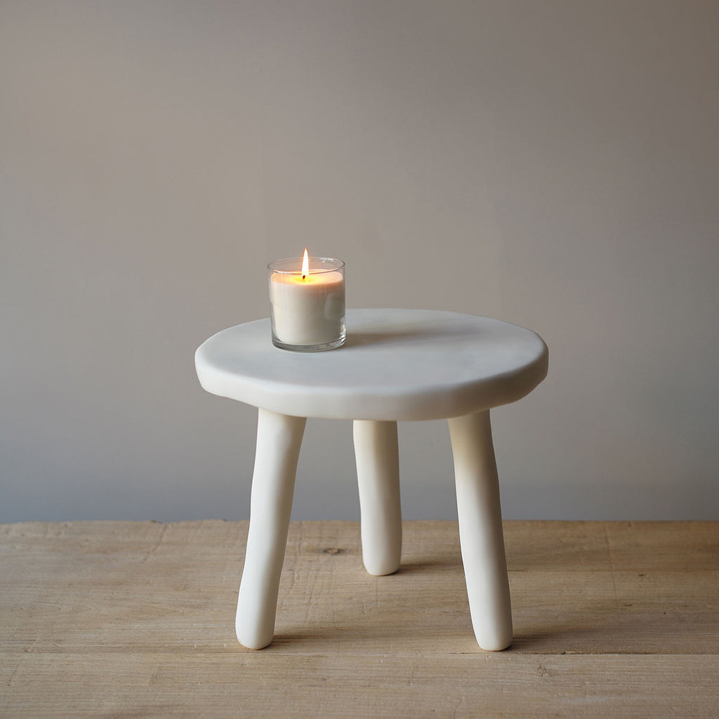 Nice White Resin Side Tables ...