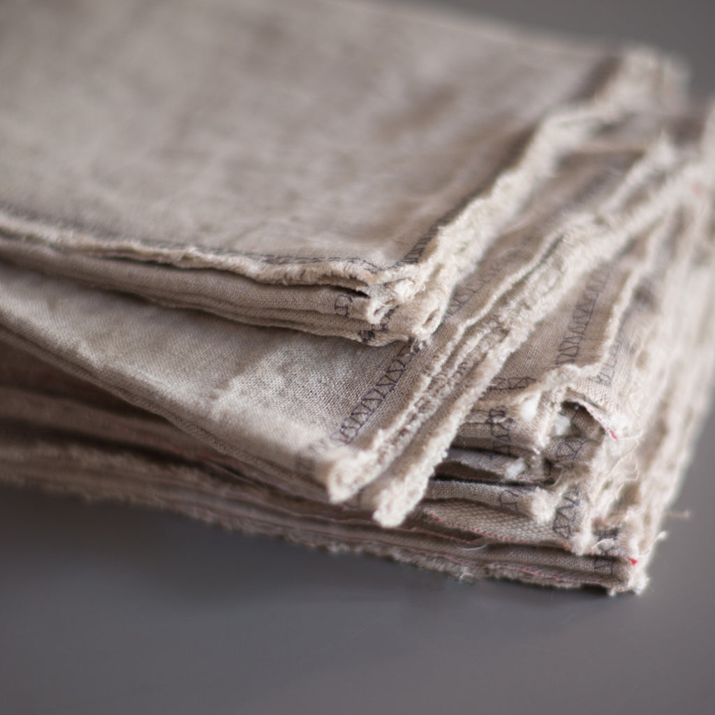 raw linen napkin and place set