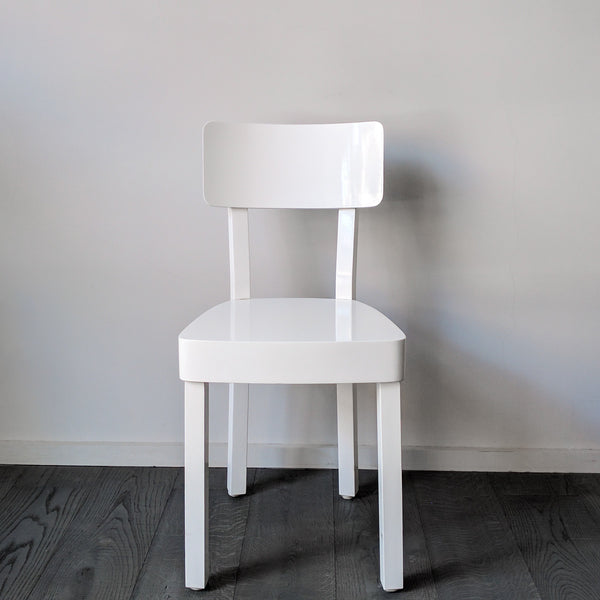 white lacquered chair