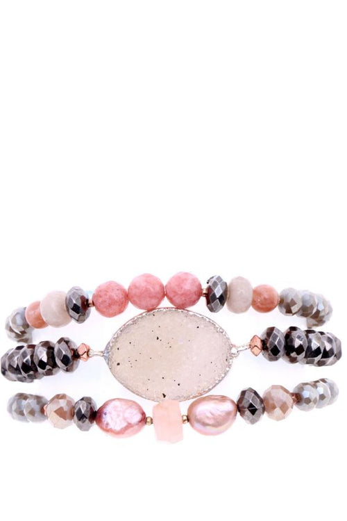 Stretch Bracelet with Pink Pearls