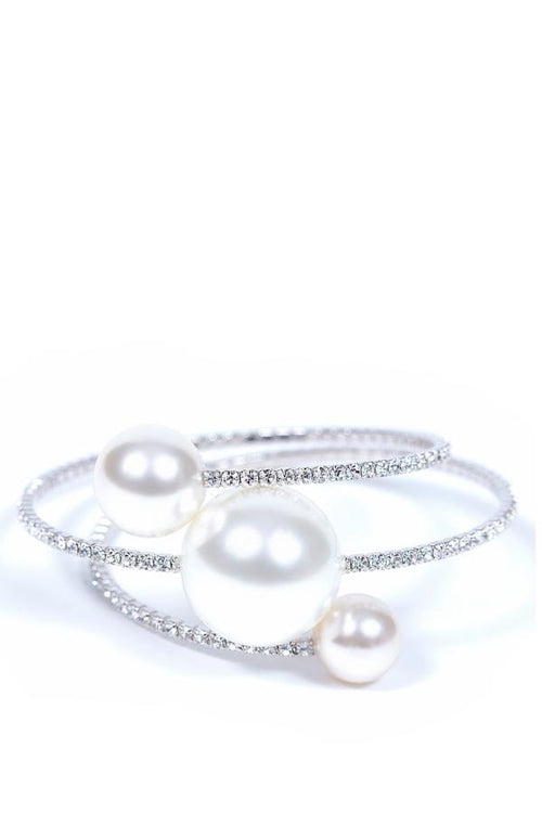silver bracelet with pearls