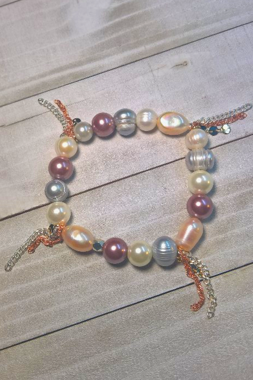 BRACELET WITH NATURAL PEARLS - Frinje