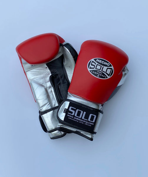 Red, Black/Metallic Silver Pro Training Gloves
