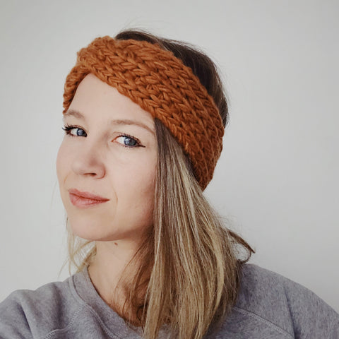Mia Headband - twisted headband in 100% merino wool. Handmade chunky knitwear