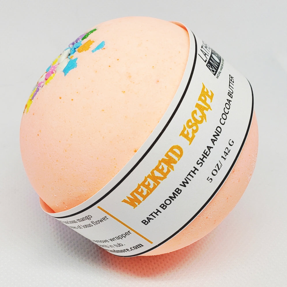 Weekend Escape Bath Ball