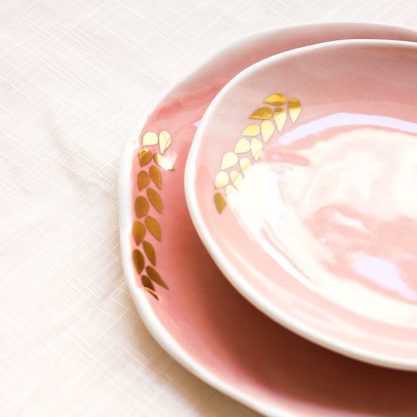 Salad plate with golden leaves, 4 colors