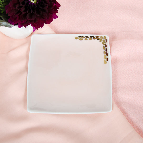 Gentle pink square dessert plate