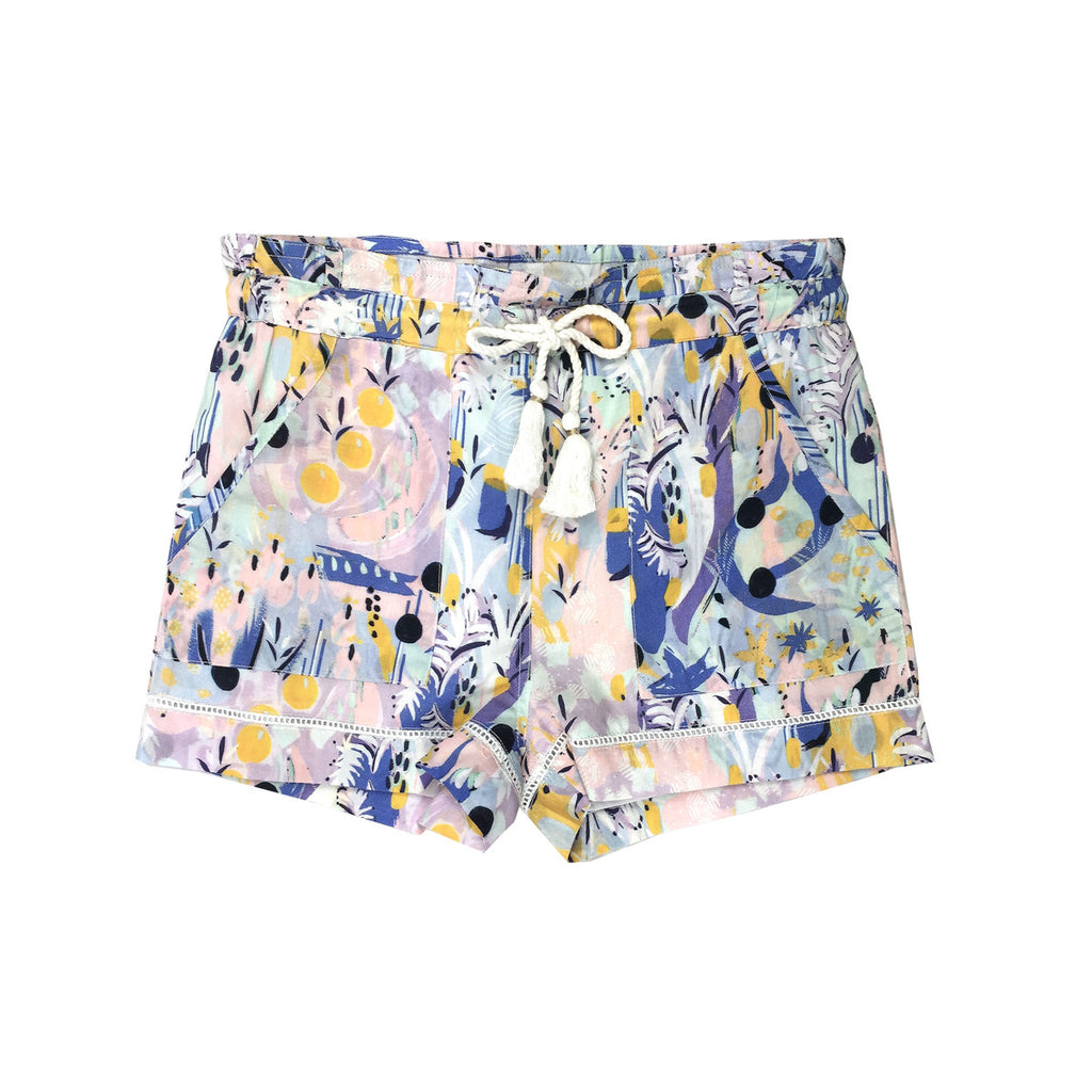 Tailored shorts in a beautiful pastel tropical artwork. pockets at the front, elasticated waist and drawstring tie