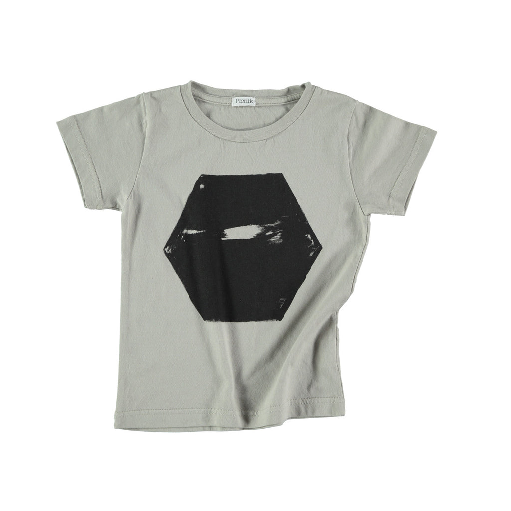 100% cotton t-shirt in grey with scratched black hexagon graphic to front