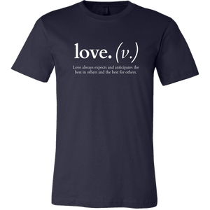 Love always expects and anticipates (Men's T-Shirt)