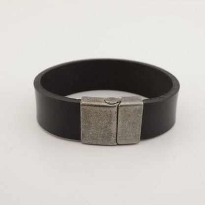 Stainless Steel Leather Bracelet - Unisex - 100% High Quality Genuine Leather-Waterproof - Chicatolia
