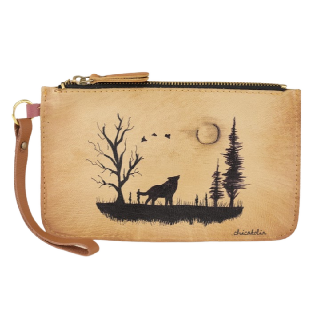 Wolves Hand Painted Clutch Wallet 100% Handmade chicatolia.myshopify.comChicatolia