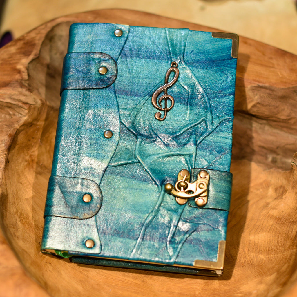 Belt Strap Leather Journal - Treble Clef - Chicatolia