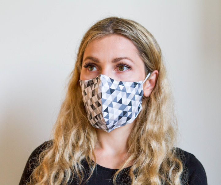 Triangle Sequence Grey - Organic Cotton Face Mask - Colorful Fabric Designs - Antibacterial and Antifungal - Chicatolia