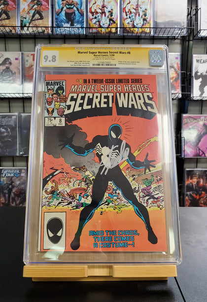 9.8 CGC SS Marvel Super Heroes Secret Wars #8 Signed by STAN LEE 1984