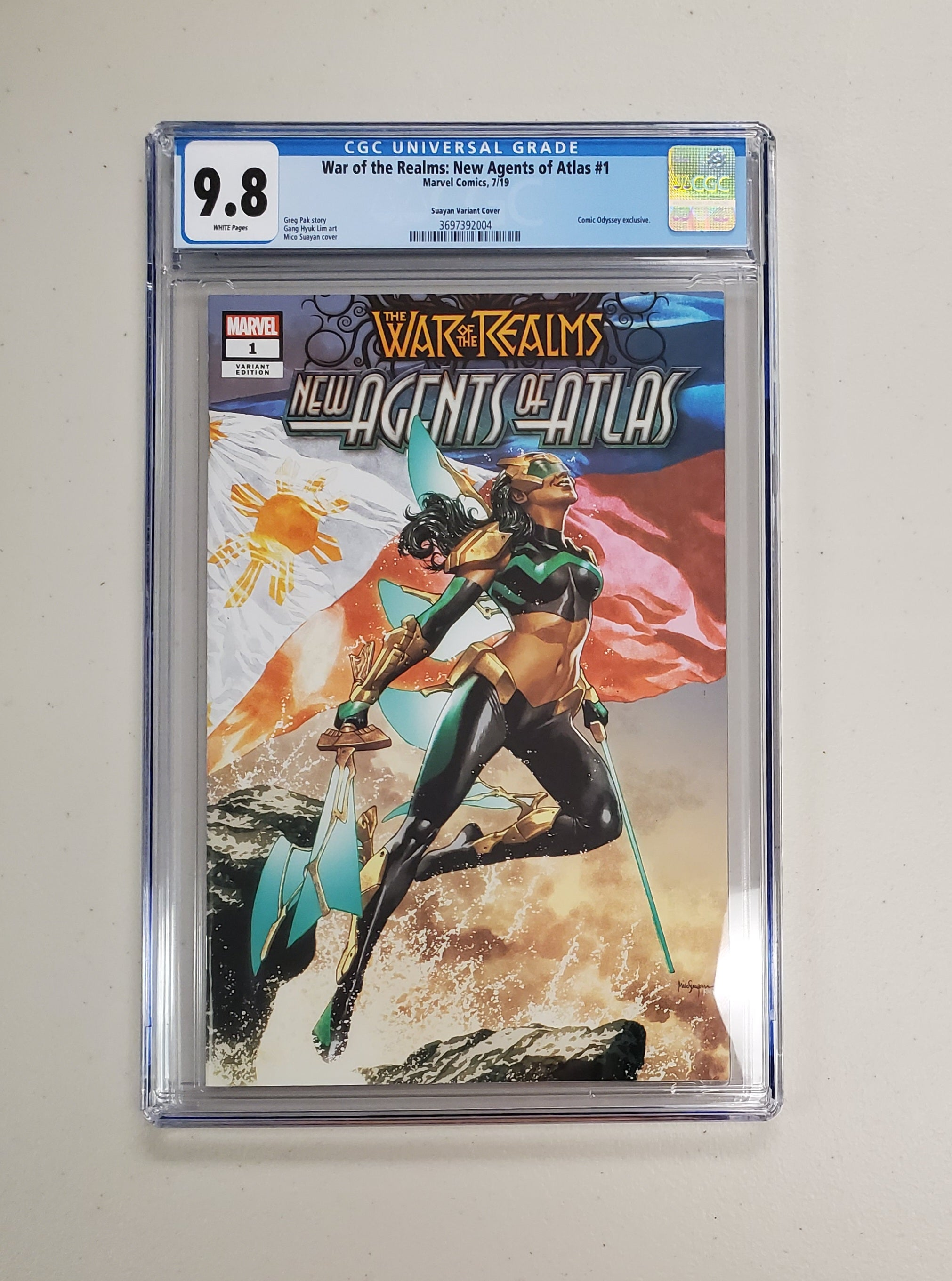 9.8 CGC War of Realms New Agents of Atlas #1 Mico Suayan Variant (1st App Wave, Crescent & IO, Aero) 2019