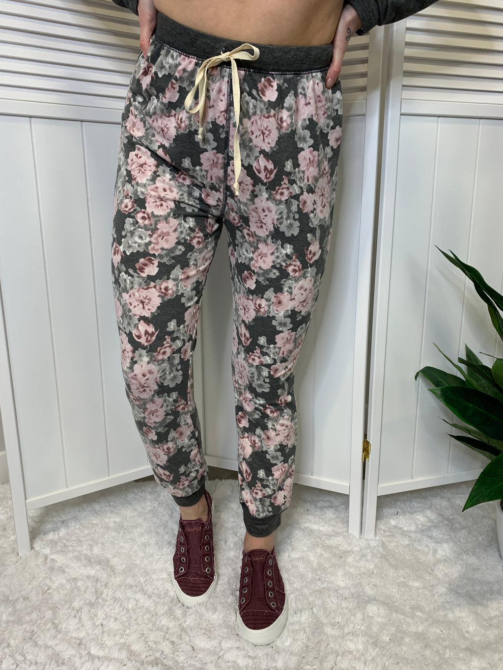 Thea Floral Joggers | Charcoal & Pink