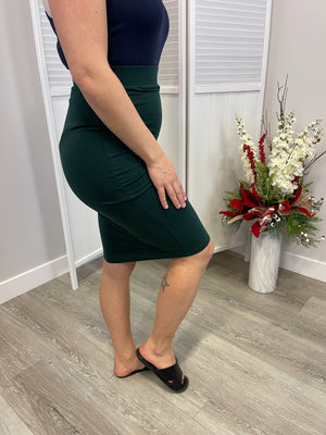 *FINAL SALE* Elite Pencil Skirt - Hunter Green