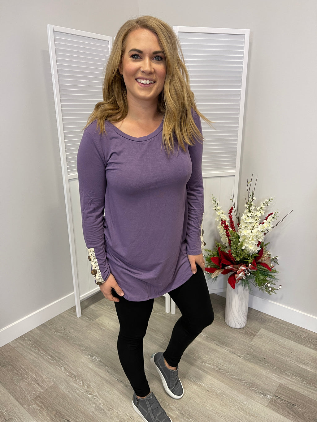 Lois Crochet Sleeve Top | Lilac Grey