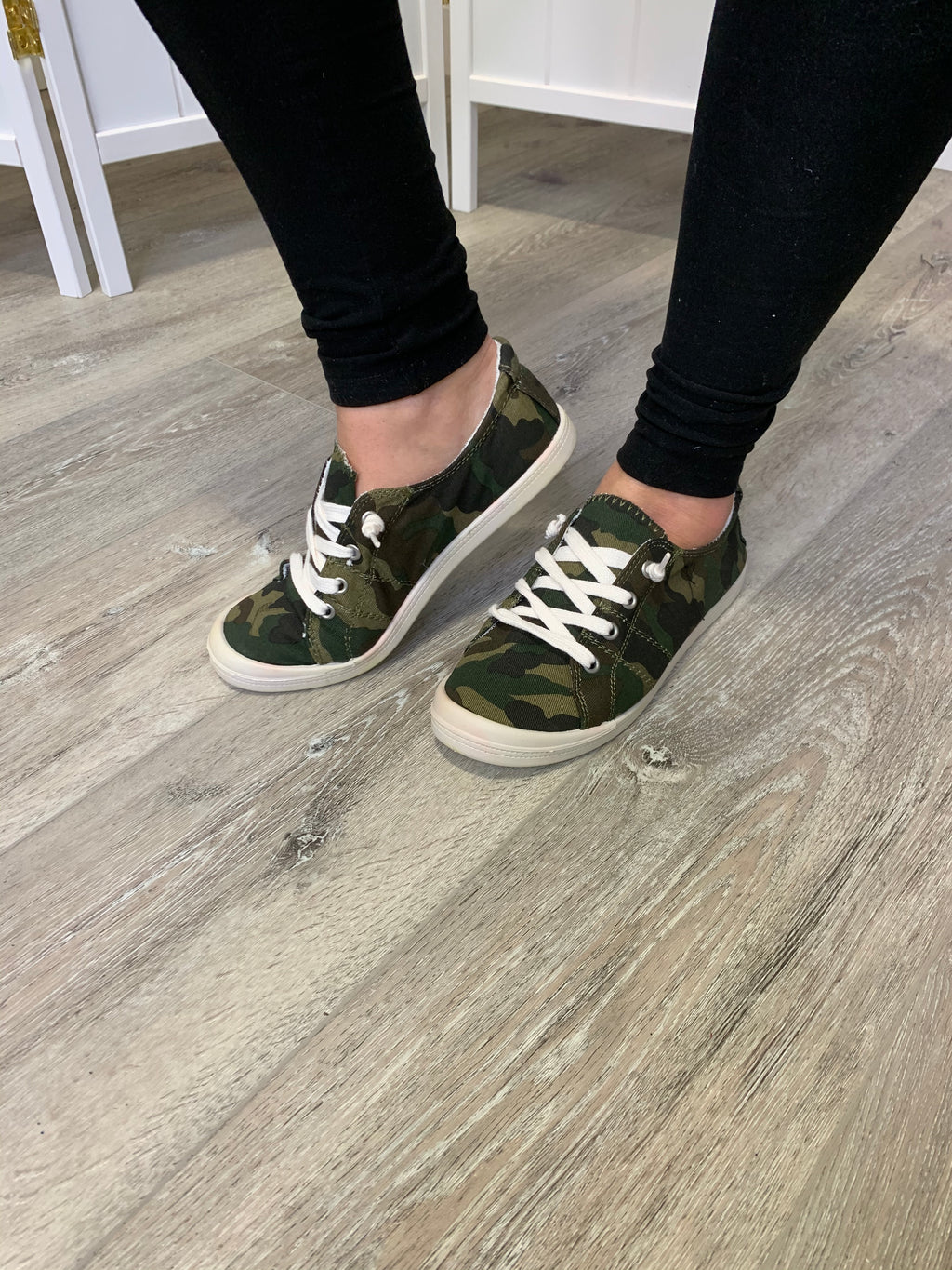 Sutton Sneakers | Camo