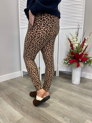 Lux Joggers | Lucky Leopard