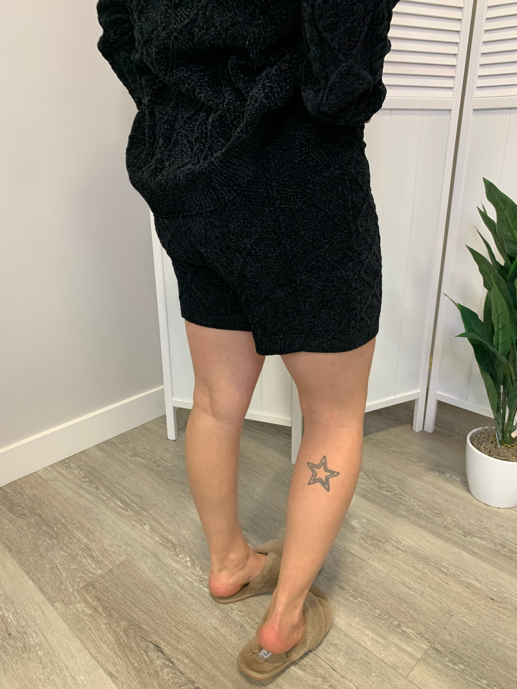 *FINAL SALE* Susan Cozy Knit Shorts | Black
