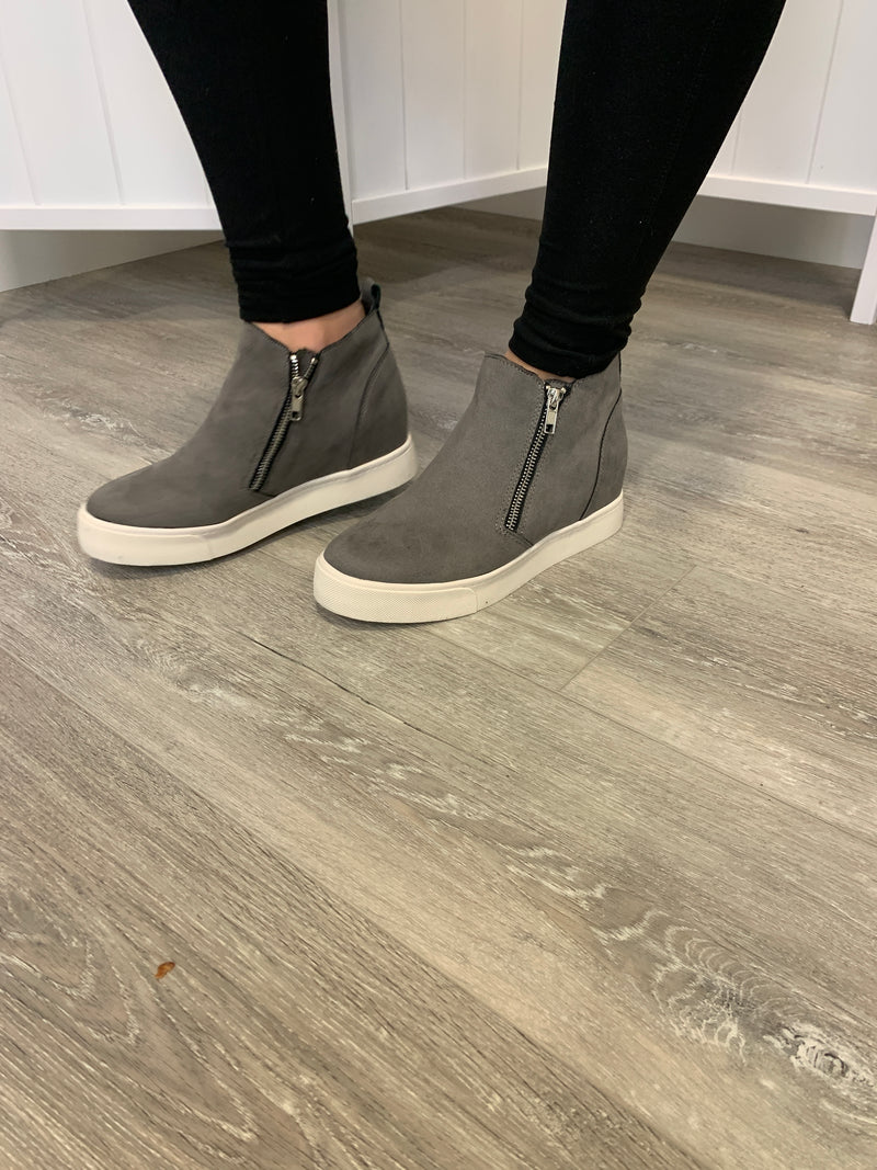 Taylor Wedges - Grey Suede
