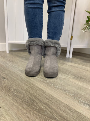 The Collette Furry Boots | Grey