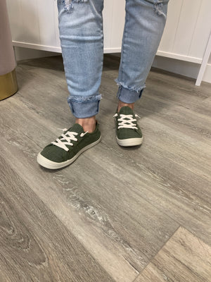Sutton Sneakers | Olive